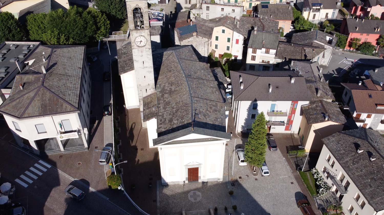 ARDENNO - Piazza Chiesa di San Lorenzo