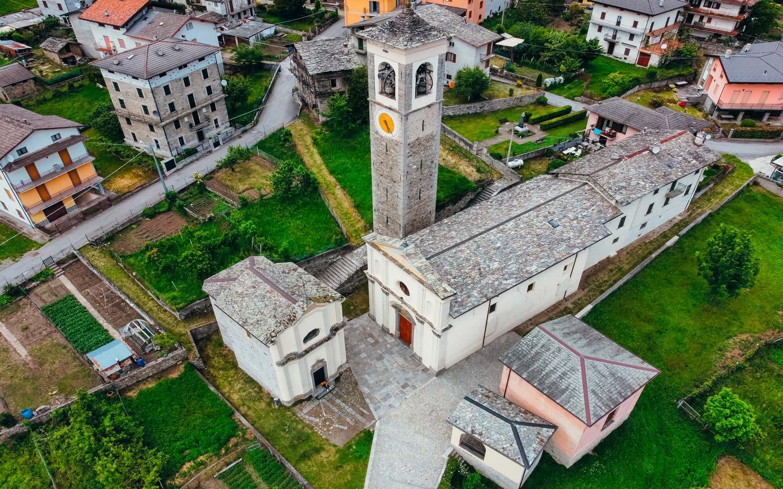 CIVO frazione CEVO - Sagrato chiesa di Santa Caterina